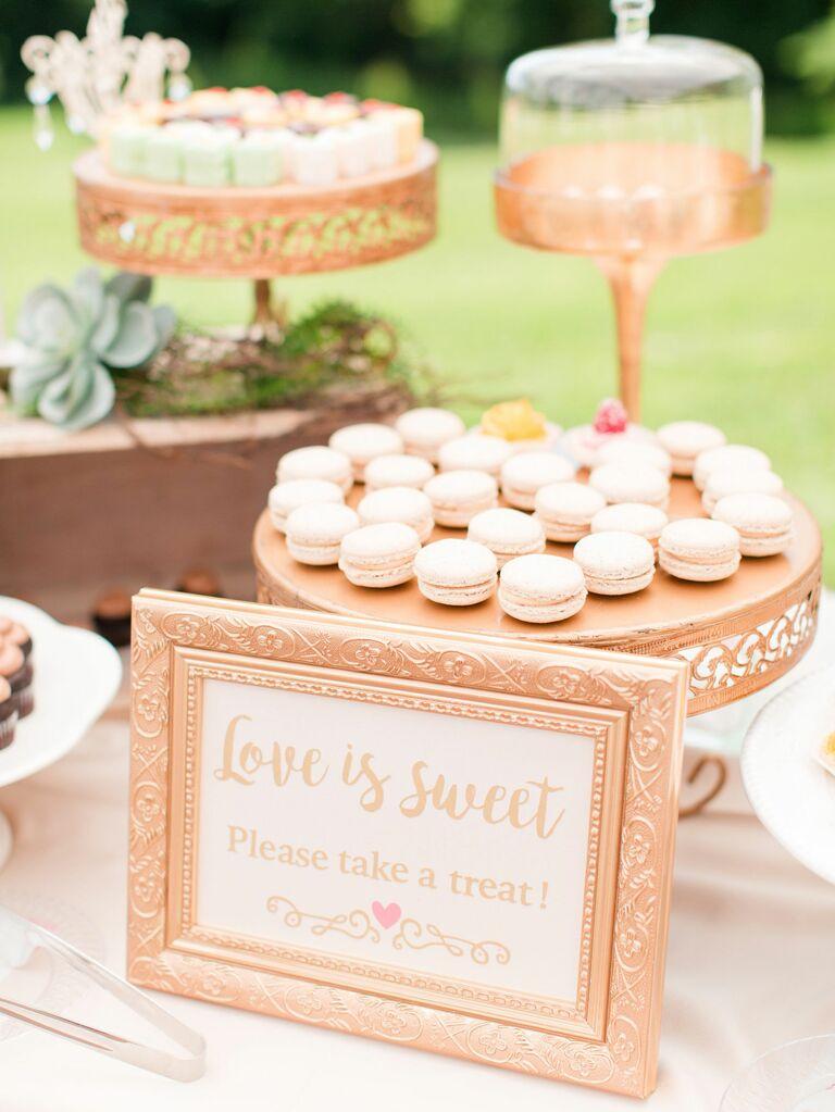 macaron wedding dessert table